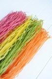 Pâtes multicolores crues Photo libre de droits