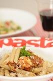 Pâtes saines Bolonais et salade de pâtes Photo stock