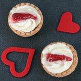 Pâtisserie de fraise d'amour Photos stock