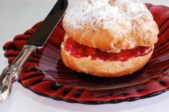 Pâtisserie soufflée images stock