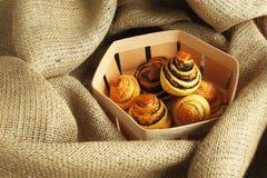 Pâtisseries avec le pavot Photos stock
