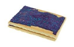 Pâtisseries de grille-pain de saveur de baie sur un fond blanc images libres de droits