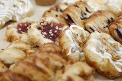 Pães frescos do doce dos pares imagem de stock royalty free