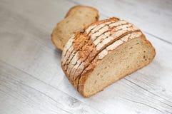 Pão branco cortado Fotos de Stock
