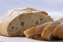 Pão branco cortado Foto de Stock Royalty Free