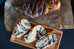 Pão caseiro doce com sementes de papoila Imagem de Stock