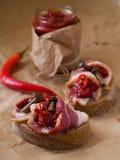 Pão com carne, cogumelos e pimentões Fotografia de Stock Royalty Free