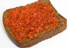 Pão com caviar vermelho Imagens de Stock Royalty Free