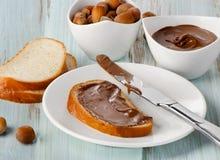 Pão com creme do chocolate Fotografia de Stock