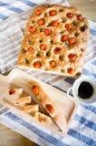 Pão cortado Ciabatta e tomates dos alecrins e de cereja Foto de Stock Royalty Free