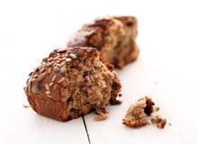 Pão crocante caseiro com grões Foto de Stock