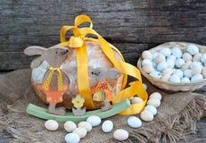 Pão da Páscoa e ovos da páscoa, festival da Páscoa, decoração em dias da Páscoa Foto de Stock