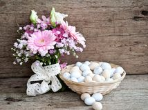 Pão da Páscoa e ovos da páscoa, festival da Páscoa, decoração em dias da Páscoa Imagem de Stock