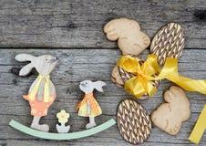Pão da Páscoa e ovos da páscoa, festival da Páscoa, decoração em dias da Páscoa Fotografia de Stock Royalty Free