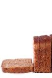 Pão de Brown cortado imagens de stock