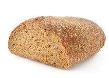 Pão de centeio preto isolado imagens de stock royalty free