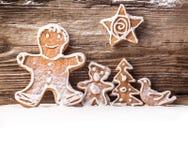 Pão-de-espécie festivo no fundo de madeira foto de stock royalty free