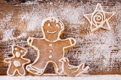 Pão-de-espécie festivo no fundo de madeira imagens de stock royalty free