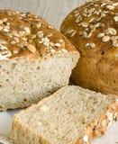 Pão de Oniony strewed com sementes fotografia de stock royalty free