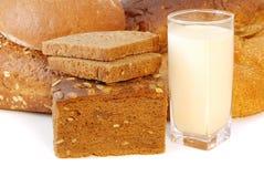 Pão diferente com leite Fotografia de Stock Royalty Free