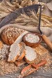 Pão do centeio e das grões saudáveis Imagens de Stock