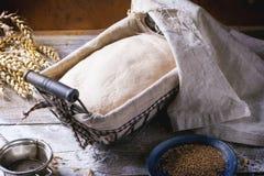 Pão do cozimento Imagens de Stock