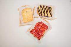 pão do doce de morango, pão do açúcar de leite condensado, brea do chocolate imagem de stock royalty free