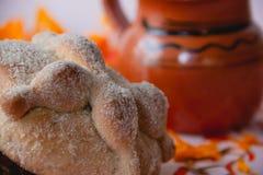 Pão dos mortos - ` de ` bandeja de muerto foto de stock