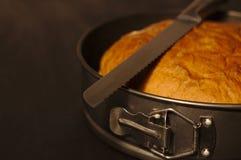 Pão duro caseiro recentemente cozido fotos de stock