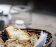 Pão duro em uma cesta Foto de Stock Royalty Free