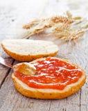 Pão e atolamento Imagens de Stock