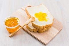 Pão e doce Imagens de Stock Royalty Free