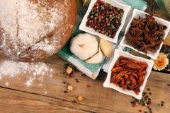 Pão e especiarias Imagem de Stock Royalty Free