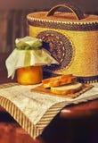 Pão e mel Fotografia de Stock Royalty Free