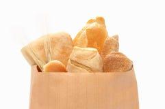 Pão e rolos na mostra bonita. Foto de Stock Royalty Free