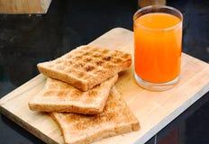 Pão e suco Imagem de Stock