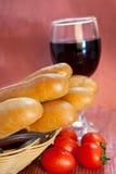 Pão e vinho Imagens de Stock Royalty Free