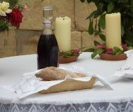 Pão e vinho da Páscoa Foto de Stock