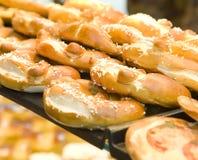 Pão francês fresco com sésamo Imagens de Stock
