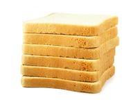 Pão fresco do corte isolado no fundo branco fotos de stock royalty free