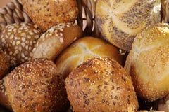Pão fresco e bolos imagem de stock