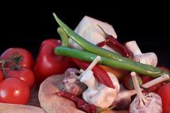 Pão fresco e vegetais em um fundo preto Imagem de Stock Royalty Free