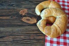 Pão fresco para o pequeno almoço imagens de stock