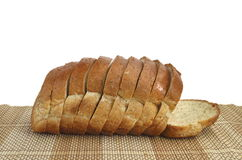 Pão integral inteiro cortado Fotografia de Stock