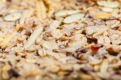 Pão inteiro da grão do close up detalhado com muitas grões Fotos de Stock