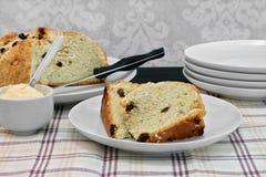 Pão irlandês da soda com passas Fotos de Stock