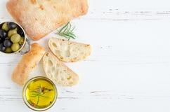Pão italiano do ciabatta imagens de stock