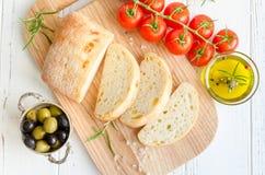Pão italiano do ciabatta fotografia de stock royalty free