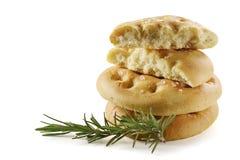 Pão liso de Focaccia com alecrins Fotografia de Stock