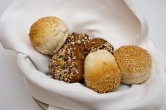 Pão na cesta Foto de Stock